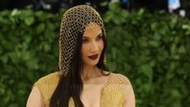 Olivia Munn's Met Ball headdress gave her a rash