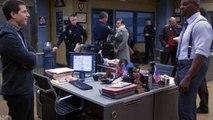 Brooklyn Nine Nine S03E16 - House Mouses