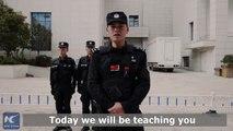 La police chinoise montre la seule et unique bonne technique pour se défendre face à une attaque au couteau