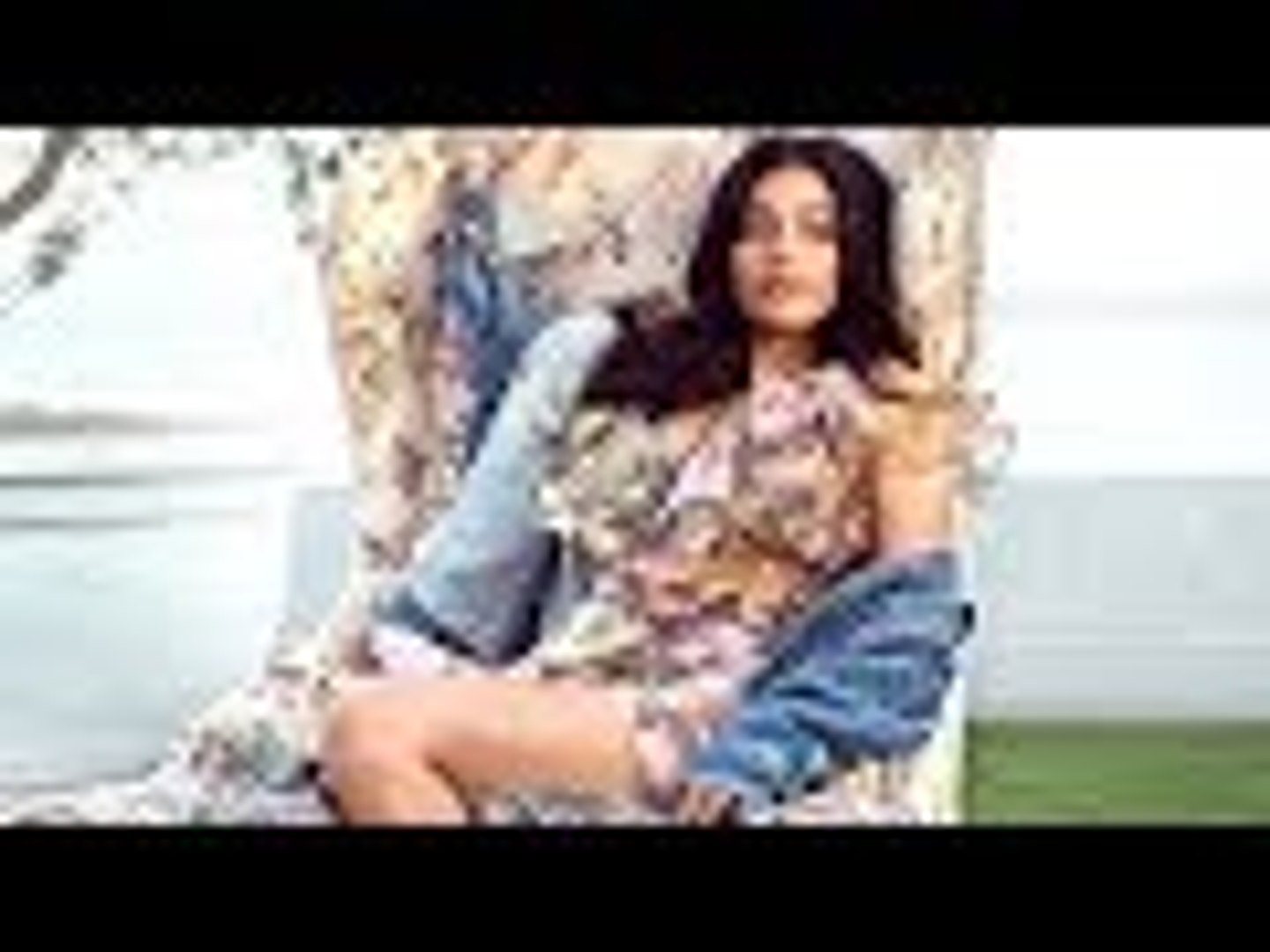 Janhvi Kapoor Makes Her Debut On Vogue India Cover   Bollywood Buzz