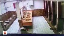 شباب يخربون المدرسة و يكسرون كاميرات المراقبة || الظاهر انهم راسبين  || حسبي الله عليهم