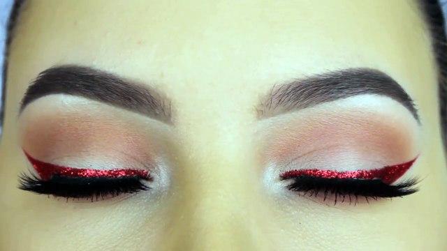 Easy Glitter Eyeliner Makeup Tutorial!