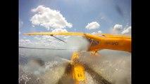 Un hydravion frôle un alligator au décollage... Chaud pour le croco