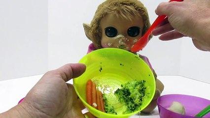 BABY CHIMP Animal Babies Nursery Feeding Time Baby Doll Eats Bananas, Broccoli