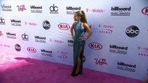 Ariana Grande a pleuré en écrivant ses nouvelles chansons!