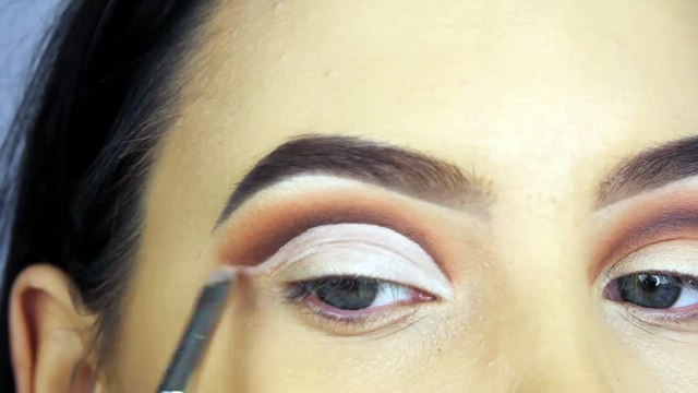 Smoked Out Eyelid Cut Crease Tutorial