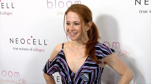 Amy Davidson 2018 Celebrity Bloom Summit Green Carpet