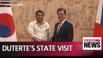 Presidents Moon and Duterte hold summit meeting at Blue House