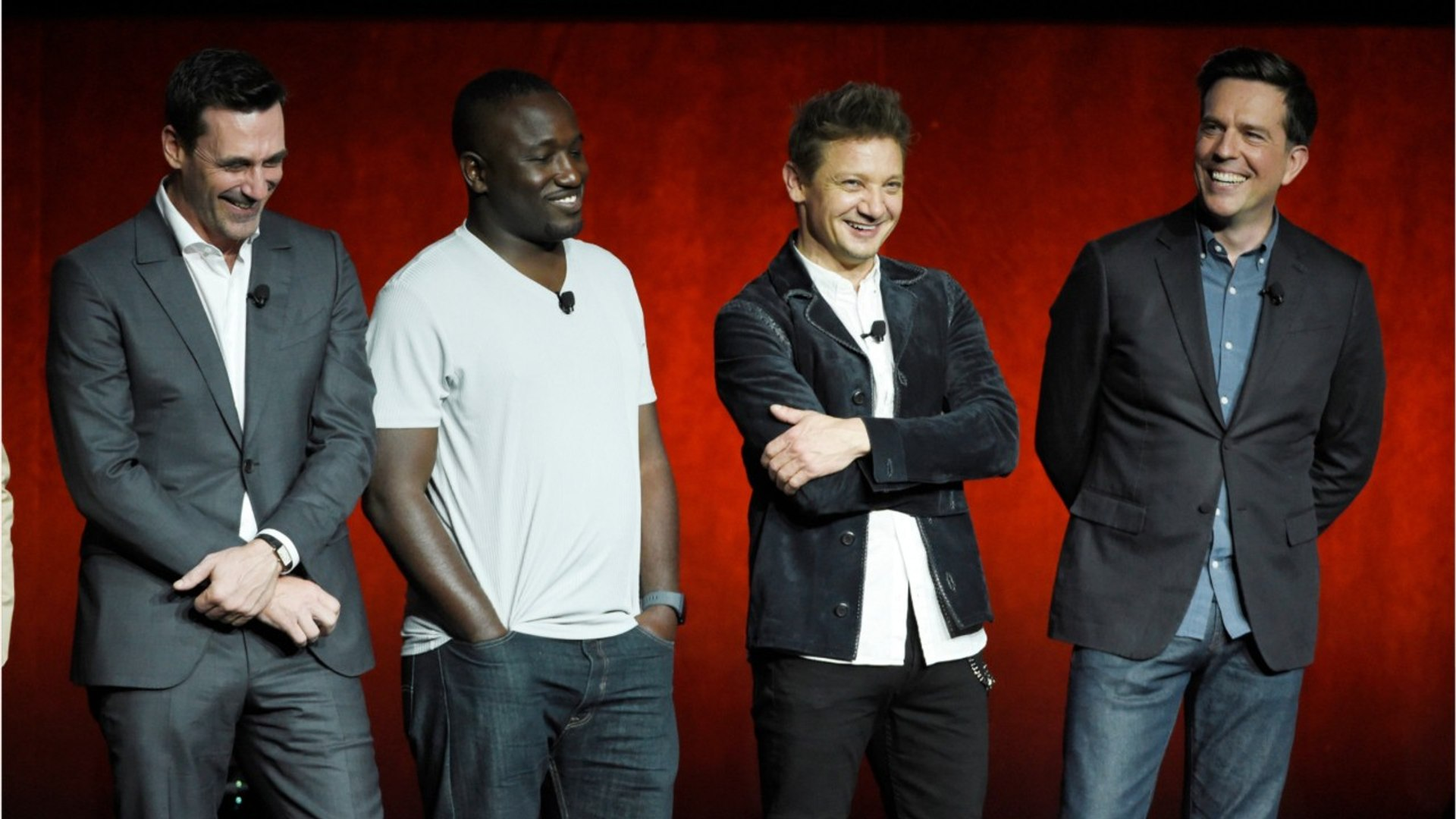 Jeremy Renner's Broken Arms Digitally Removed From Tag