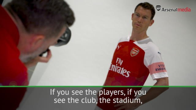 Lichtsteiner targets Champions League return after joining Arsenal