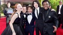Stranger Things Cast UNITES Amid Finn Wolfhard Departure Rumors | 2018 Golden Globes