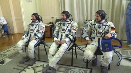 Crew Suit-Up & Board Soyuz MS-09 Spacecraft