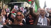 على بعد أمتار من قصر الإليزية.. مظاهرة في فرنسا احتجاجا على زيارة رئيس حكومة الاحتلال بنيامين نتنياهو