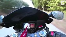A fond en montagne il chute en moto dans un virage !!