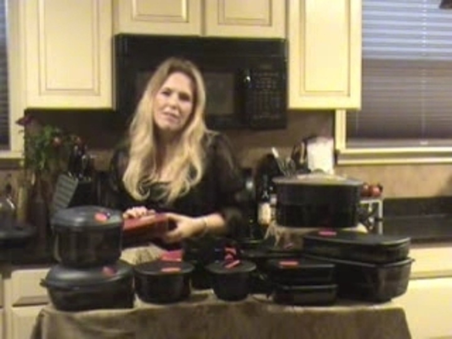Tupperware Microwave Products