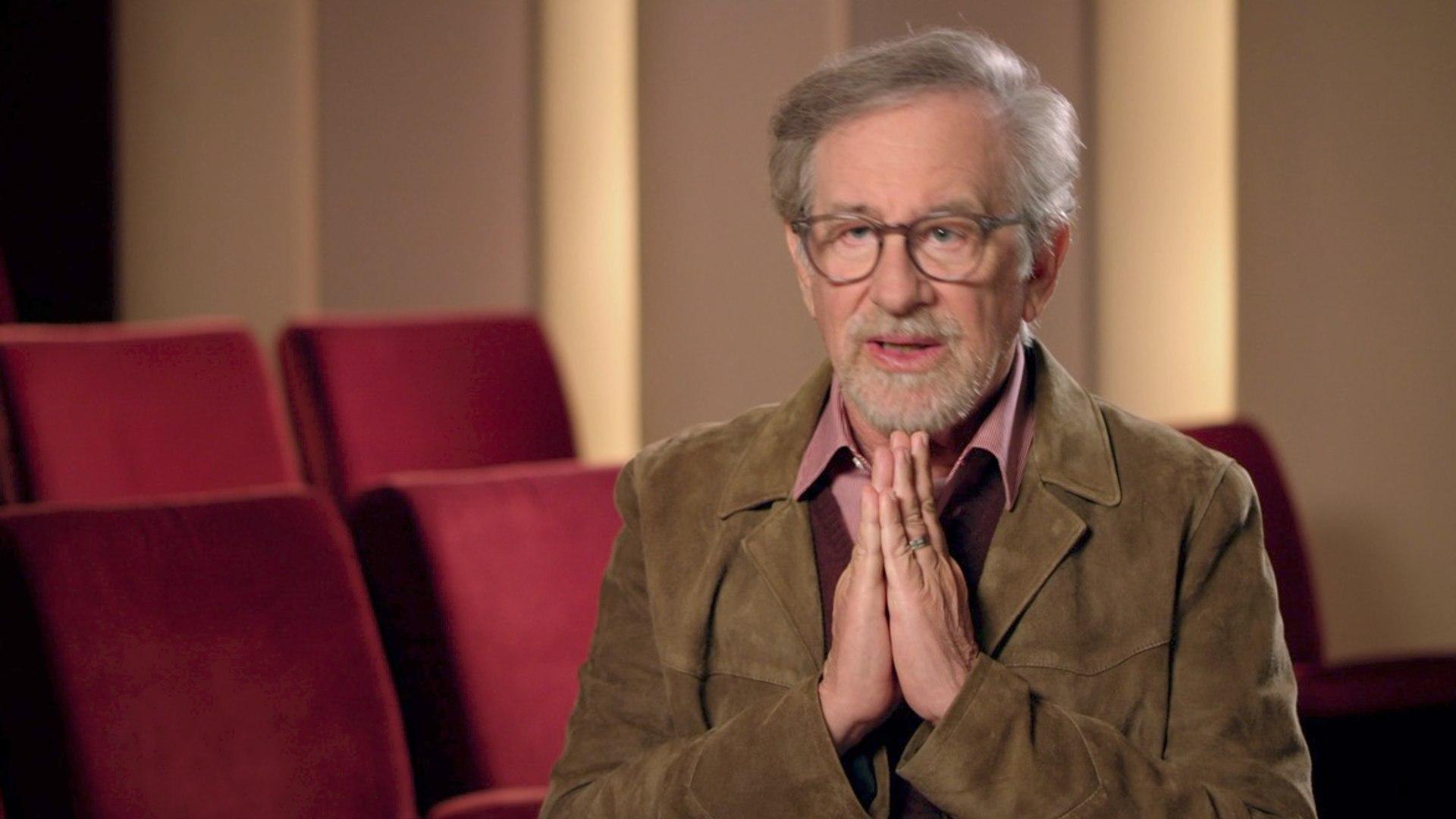 Steven Spielberg Loves Michael Crichton Books