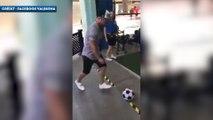 Valbuena s'amuse au jeu de fléchettes géant avec un ballon