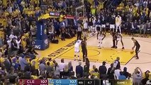 丁尺這球大概是打算轉隊到勇士隊的表現了。。。。(#小跩)更多NBA賽事動態  http://tw.weibo.com/pic/nba更多克里夫蘭騎士動態  https://goo.gl/YDkmux更多金州勇士動態  https://goo.gl/kmmmg8(影片來源:VersaceBoyEnt)