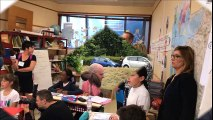 Evian : Le ministre a remis aux élèves « un livre pour les vacances »