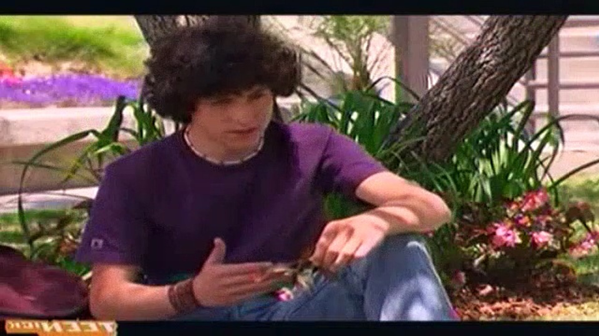 Zoey 101 S02e09 Lola Likes Chase Video Dailymotion