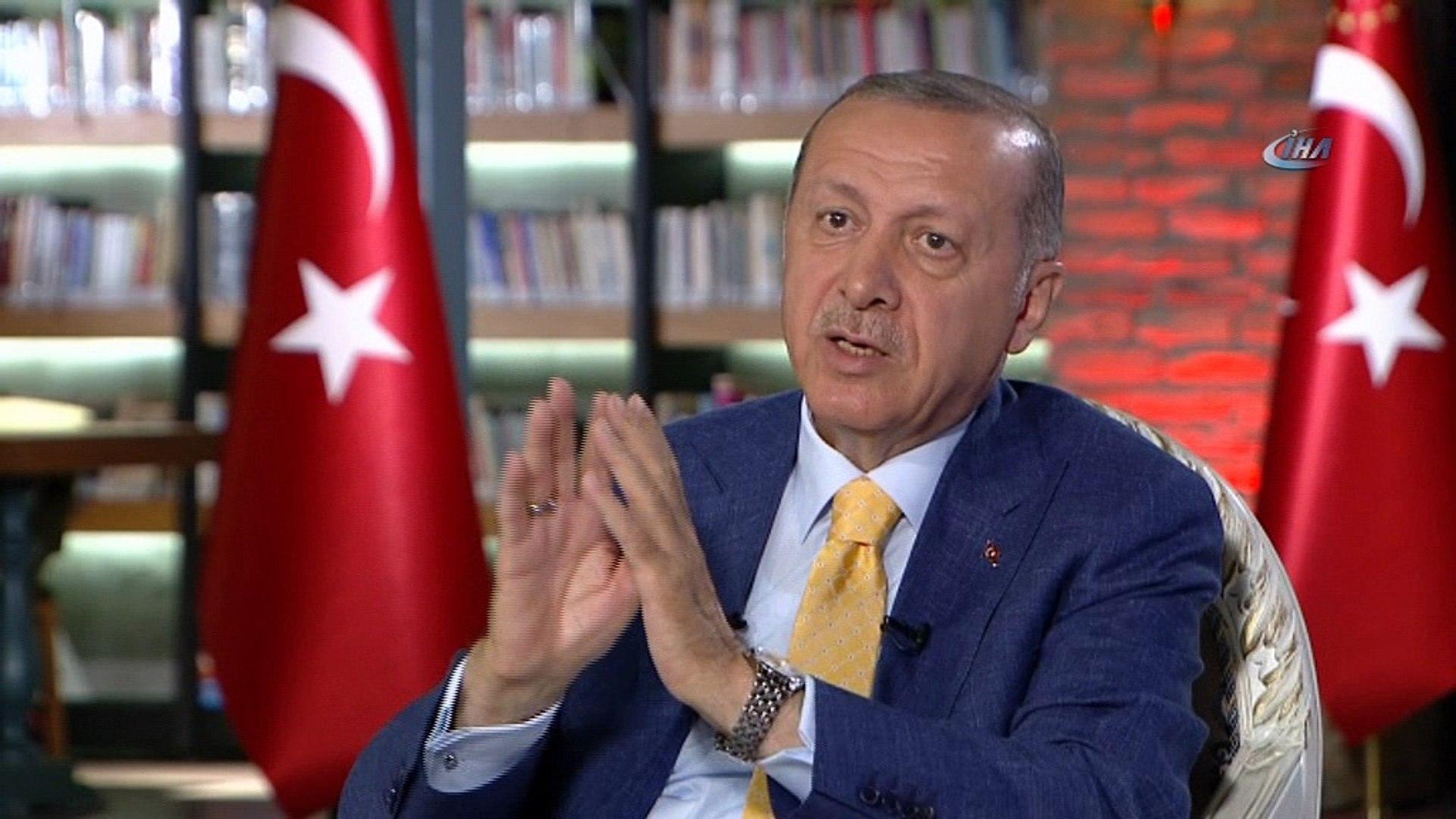 """Cumhurbaşkanı Recep Tayyip Erdoğan: """"Verilen süre içinde teröristler Menbiç'ten sürülürse samimiyetl"""