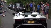 Quando vais a uma concentração de carros superdesportivos com um carro elétrico...