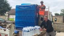 Distribution de bouteilles d'eau auprès des habitants de six communes de l'Orne