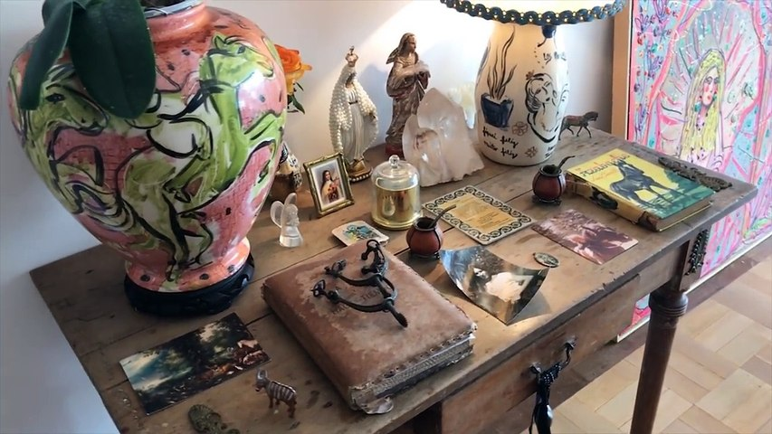 Zize Zink e Graça Salles visitam, a artista plástica, Verena Matzen | Decor JP