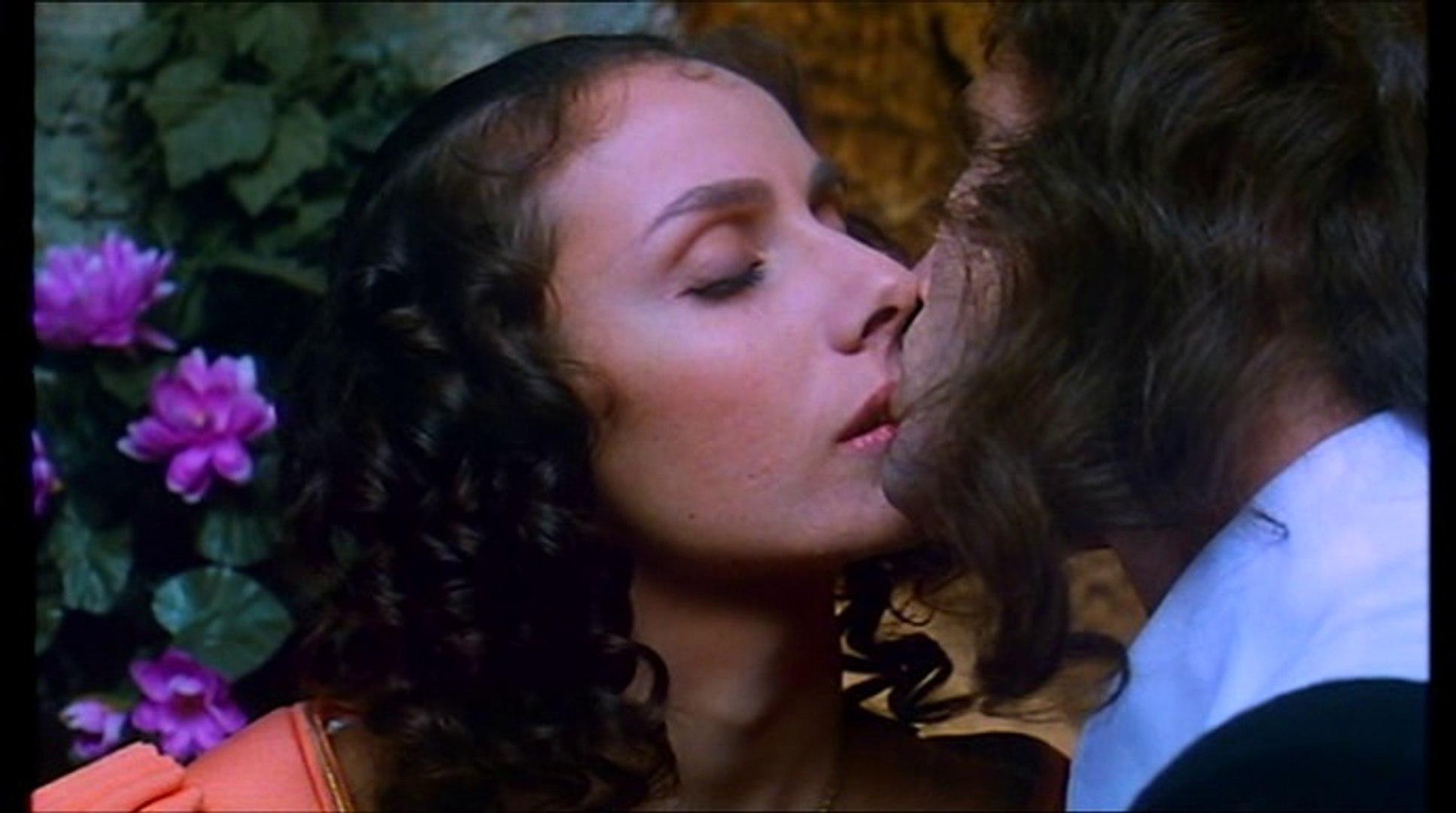 Film sconosciuto di Tinto Brass con Laura Antonelli chi sa il titolo 1T