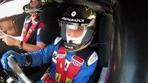 VÍDEO: una leyenda y dos pilotos de F1 divirtiéndose con el Renault R.S. 01