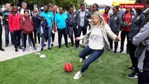 Vannes. Mondial U20 féminin : deux ambassadrices de charme sur le port