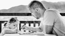 Relationship Tips: Deal with Generation Gap |  इन तरीकों से दूर हो सकता है Generation Gap | Boldsky