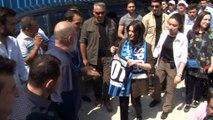 Bakan Sarıeroğlu: 'Adana Demirspor'un Süper Lig'de temsil edilmesi için elimizden gelen gayreti ortaya koyacağız'- Çalışma ve Sosyal Güvenlik Bakanı Jülide Sarıeroğlu Adana Demirspor, Aytaç Durak Tesisleri'ni ziyaret etti