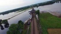 Des inondations font dérailler des wagons de train