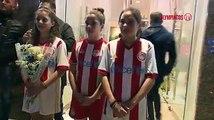 Δείτε το video της υποδοχής του κ. Λεμονή, των παικτών και όλης της αποστολής του Ολυμπιακού, στο Αγρίνιο! / Reception of our team at Agrinio!#olympiacos⚪ #P