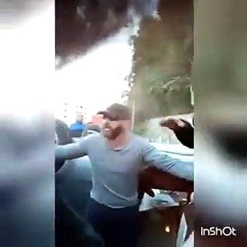 فيديو أحمد السقا ينقذ فتاة تعرضت لحادث على الطريق وسط صراخ المارة