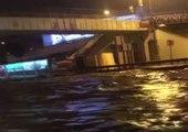 Kadıköy'de Sel Sularının Bastığı Alt Geçit Göle Döndü