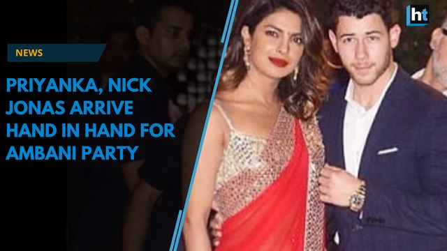 Priyanka Chopra, Nick Jonas, Bollywood celebrities attend Ambani party