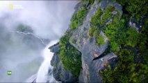 Nuestro planeta, episodio 4 - Genesis (One Strange Rock) con Will Smith
