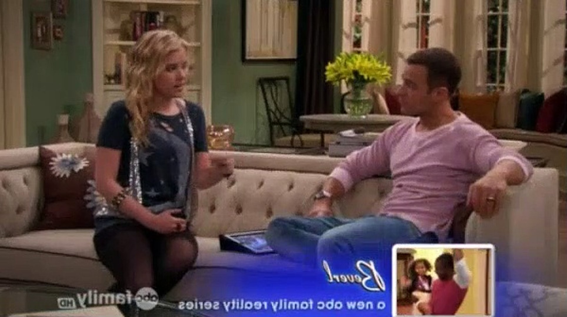 Melissa & Joey S02E11 - A Pair of Sneakers