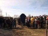 118 008 rebaptise le village de Douze