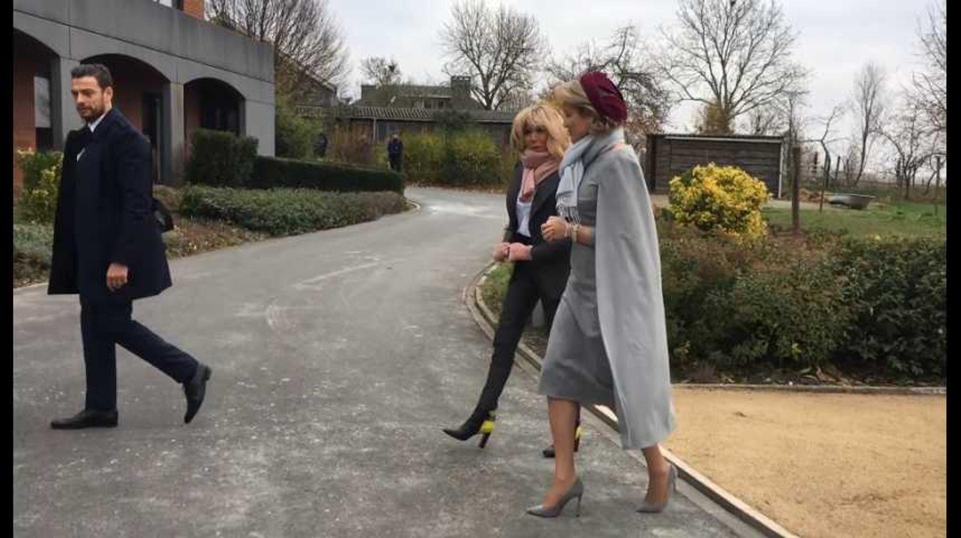 Visite de Brigitte Macron, avec la Reine, à La Maisonnée