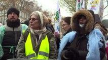 Les infirmières manifestent à Paris contre le plan santé