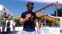 Ni pravega poletja brez poletnega plesa na bazenu! Oglejte si SUNDANCE ples z Radio 1 in Denis Avdić v Terme ČatežVerjamete, da zna Denis tudi zaplesat? :)