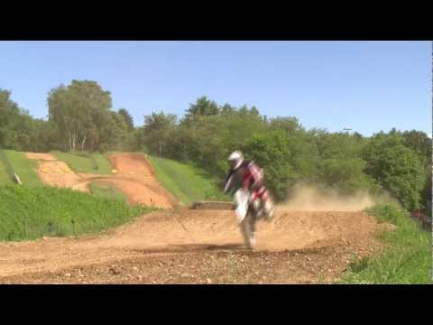 Husqvarna TC449. Riding scenes
