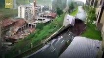 انهيار مفاجئ في أحد الطرق السريعة في #الصين لمسافة تبلغ 50 مترا #الوطن #منوعات #بكين