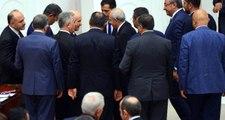 CHP Lideri Kılıçdaroğlu ve MHP Lideri Bahçeli TBMM'de Sohbet Etti