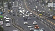 Küçükçekmece'de Zincirleme Kaza! D-100 Kara Yolunda Trafik Kilitlendi