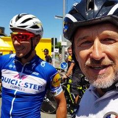moniteur TSI de la DCRFPN avec le coureur cycliste pro  philippe gilbert étape cholet