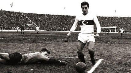Türk futbolunun ordinaryüsü: Lefter Küçükandonyadis
